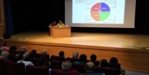 Boyabat Emniyeti öğretmenlere trafik eğitimi veriyor