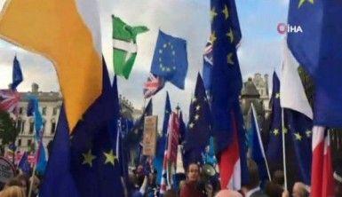 İngiliz Parlamentosu'ndan 'Anlaşmasız Brexit'i önleme hamlesi