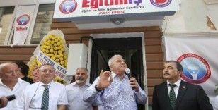 Efeler Belediyesi'nden çocuklara ücretsiz süt ve beslenme desteği