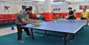 Masa tenisi kursu başladı
