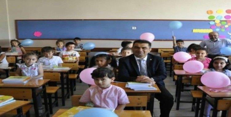 """Milli Eğitim Müdürü Gümüş'ten """"Uyum Programı"""" öğrencilerine ziyaret"""