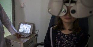 'Okul çağındaki çocuklar 6 ayda bir göz kontrolünden geçmeli'