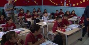 Yeni eğitim yılının ilk zili 189 bin öğrenci için çaldı