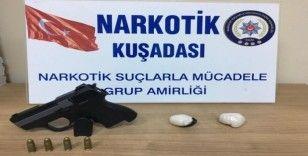 Kuşadası'nda uyuşturucu operasyonu, 2 kişi gözaltına alındı