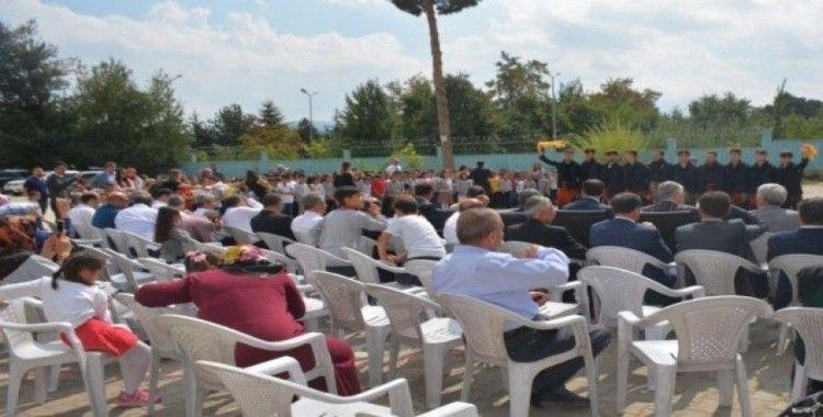 Tatvan'da 1503 öğretmen ile 22 bin 897 öğrenci ders başı yaptı