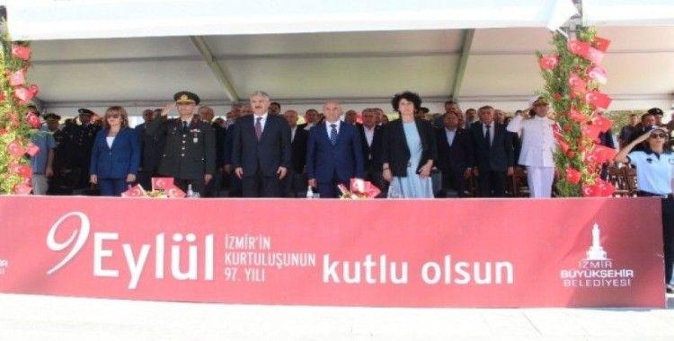 İzmir'de 9 Eylül coşkusu sürüyor