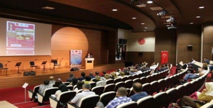 """NEVÜ'de """"1. Uluslararası Tasavvuf Sempozyumu: Nesimî 650"""" başladı"""