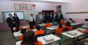 Bursa'da okullarda ilk gün heyecanı