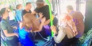 Otobüste baygınlık geçiren genç kızı hastaneye böyle yetiştirdi