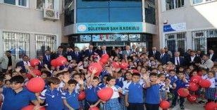 Gaziantep'te öğrenciler ders başı yaptı