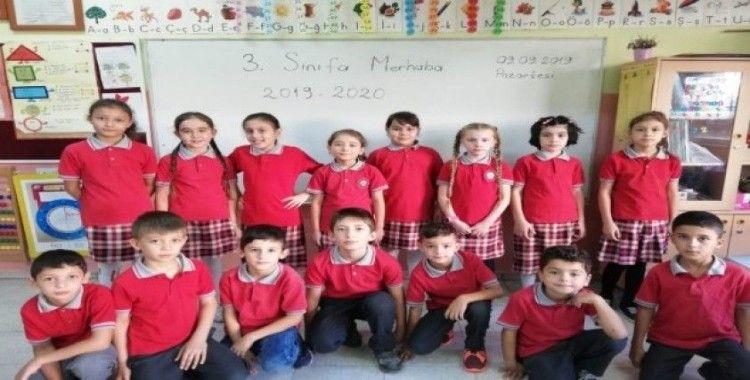 Selendi'de 3 bin 171 öğrenci ders başı yaptı