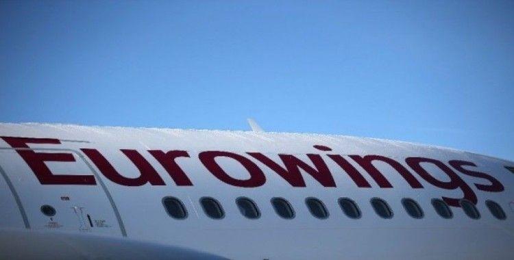 Türbülansa yakalanan uçak acil iniş yaptı: 8 yaralı
