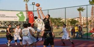 Aliağa'da basketbol sahaları hizmete açıldı