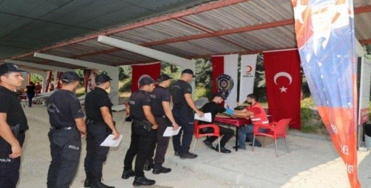 Mersin polisinden kan bağışı