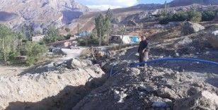 Hakkari Bağlar mahallesine yeni şebeke suyuna kavuştu