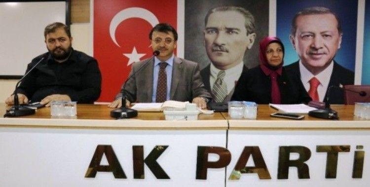 Van'da AK Parti adını kullanarak iş vaadinde bulunanlara operasyon