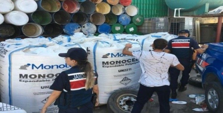 Çalıştıkları fabrikadan 10 tonluk ham madde çaldılar