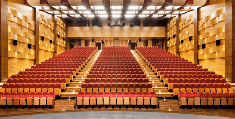 İstanbul'da tiyatro cenneti: Kadıköy