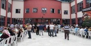 Kartal'da Muharrem ayı dolayısıyla aşure ve lokma dağıtımı