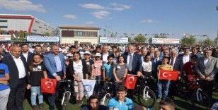 Şahinbey'de başarılı 1453 öğrenciye bisiklet ödülü