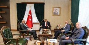 """Karayolları Genel Müdürü Uraloğlu,""""Çalışmalarımız programımız kapsamında devam etmektedir"""""""