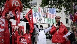 Fransa 'Emeklilik Reformuna' karşı greve gidiyor