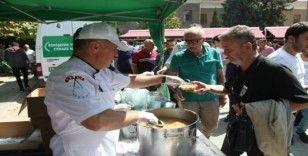 Odunpazarı Belediyesi 20 bin kişiye daha aşure dağıttı