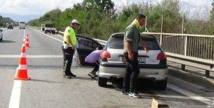 Düzce TEM'de trafik kazası: 2 kişi yaralı