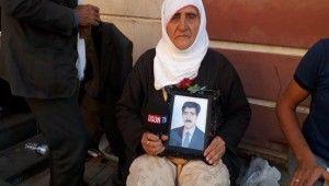 HDP binası önündeki acılı aileler çağrıda bulundu