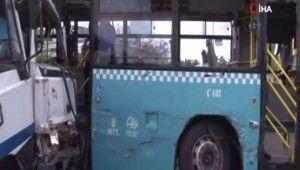 Ümraniye'de vinç özel halk otobüsüne çarptı, 9 yaralı