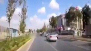 Makas atan magandaların kazası kamerada