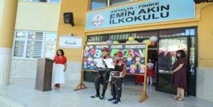 Finike'de İlköğretim haftası kutlaması