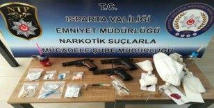 Isparta'da 13 adreste eş zamanlı 'Torbacı' operasyonu: 17 gözaltı