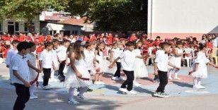 Lapseki'de İlköğretim Haftası kutlamaları