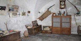 Kendi imkanları ile topladığı eşyalardan müze açtı