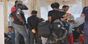 Ayvalık'ta 48 düzensiz göçmen Sahil Güvenlik'ten kaçamadı