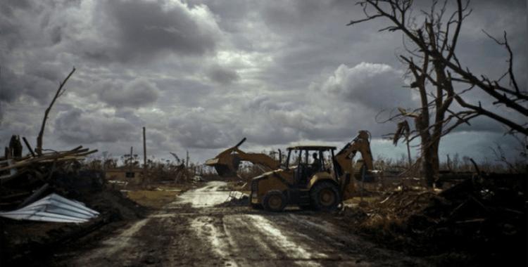 Bermuda'da Humberto Kasırgası alarmı