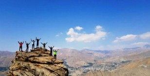 Spi Dağı'na zirve tırmanışı