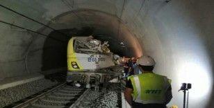 Tren kazasında ölenlerin kimlikleri belirlendi