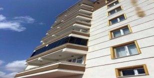 6. kattan düşen bebek hayatını kaybetti