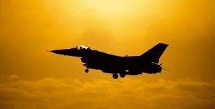 Fransa'da Belçika'ya ait savaş uçağı düştü