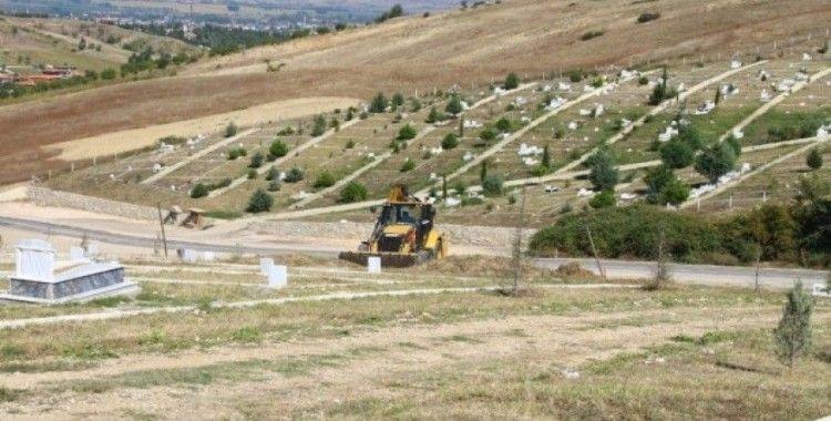 Erbaa'da mezarlık çalışması