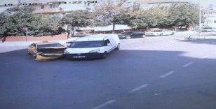 (ÖZEL) Taksi ile hafif ticari araç kafa kafaya çarpıştı: 2 yaralı