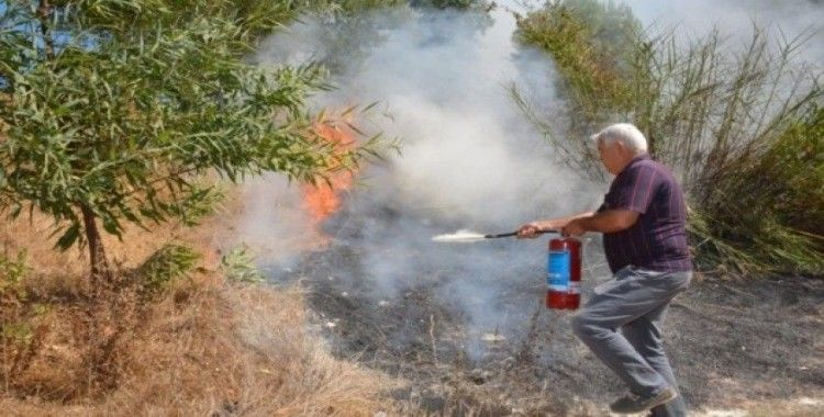 Manavgat'ta makilik alanda çıkan yangın kontrol altına alındı