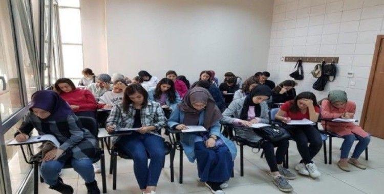 Darıca'da üniversite hazırlık kursları başladı