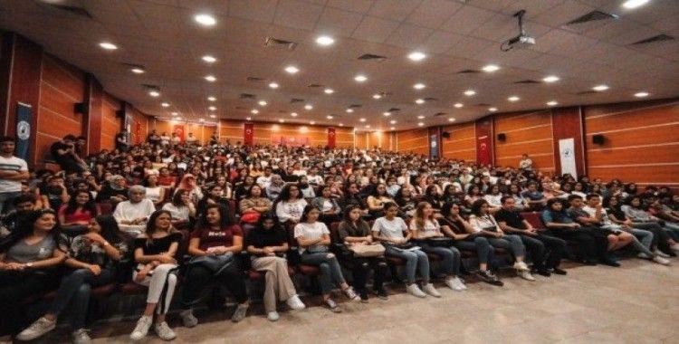 """Pamukkale Üniversitesi  yeni dönem """"Oryantasyon Günü""""nü tamamladı"""
