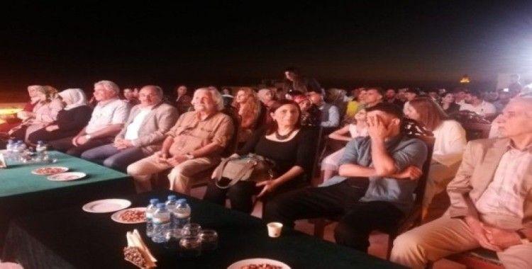 """""""Uçurtmanın Peşinde"""" kısa filminin galası Mardin'de yapıldı"""