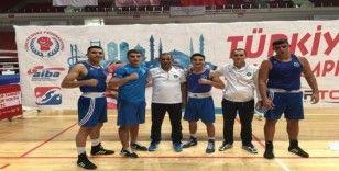 Bursalı boksörlerden 4 madalya