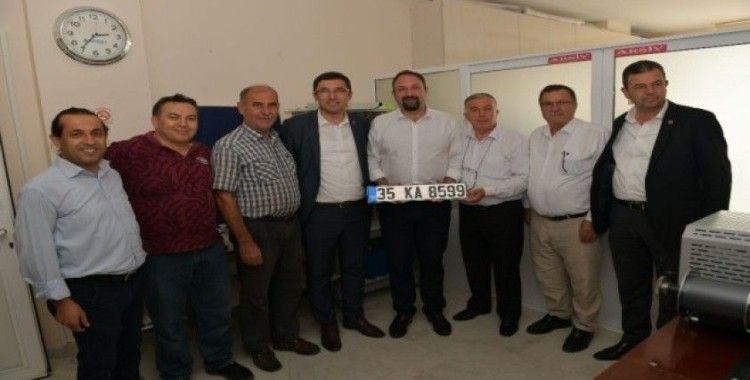 Araç plakaları artık Çiğli'de basılıyor