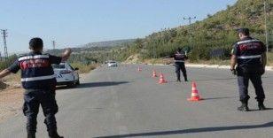 Mersin'de çeşitli suçlardan aranan 296 kişi yakalandı